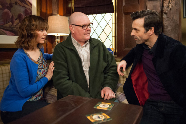 Emmerdale, Pierce interrupts Paddy and Rhona's lunch, Tue 22 Mar