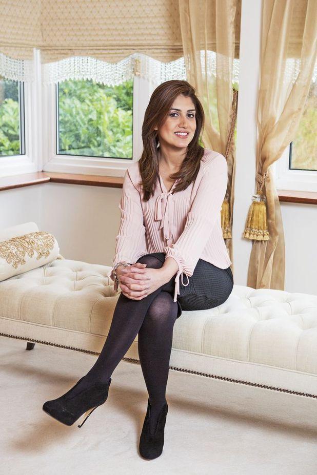 Psychic career gurus - Elle Zahra