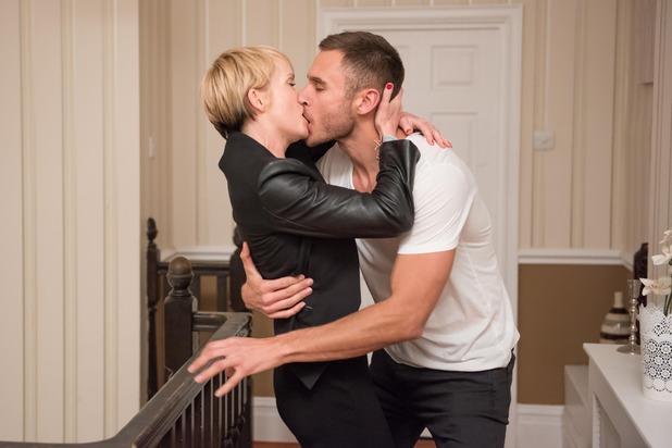 Hollyoaks, Freddie kisses Marnie, Wed 30 Mar
