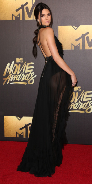 Kendall Jenner attends 2016 MTV Movie Awards at Warner Bros Studios, 9 April 2016.