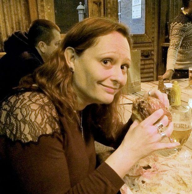 Jenny Stallard eating a sugar free burger