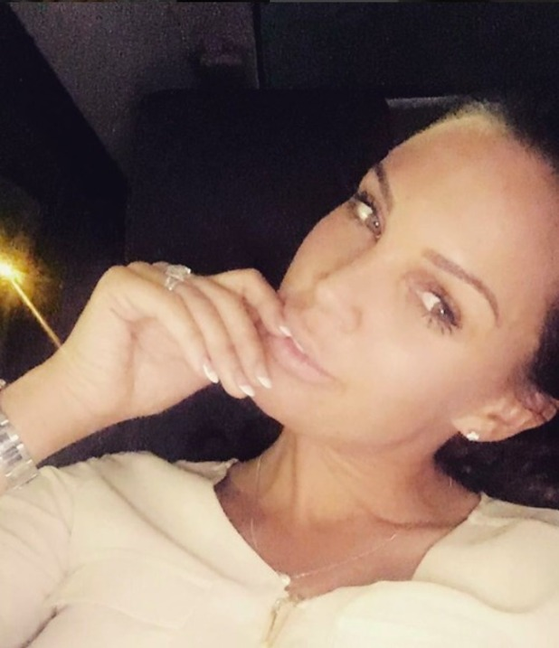 Danielle Lloyd shares selfie in date night, April 2016.