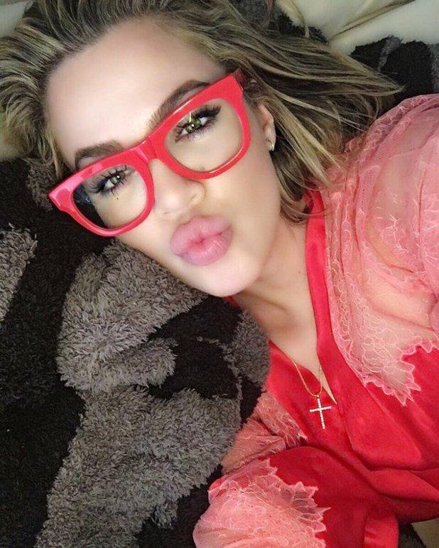 Khloe Kardashian shares sultry selfie, April 2016.