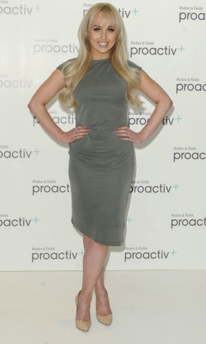Jorgie Porter promotes her New ProActiv product 20 April 2016
