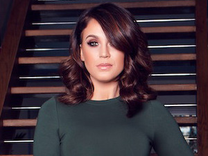 Vicky Pattison unveils her SS16 collection for Honeyz, looks amazing!