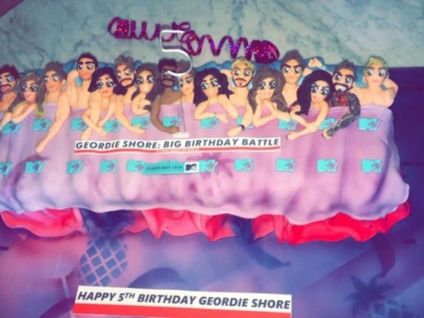 Geordie Shore cake picture - 3 May 2016