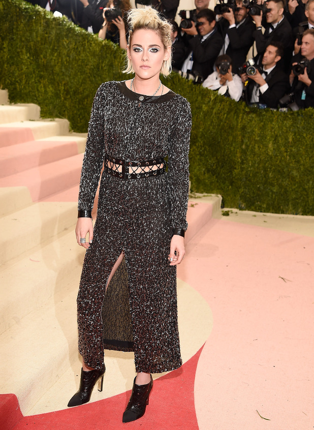 Kristen Stewart attends 'Manus x Machina: Fashion In An Age Of Technology' Costume Institute Gala at Metropolitan Museum of Art on May 2, 2016 in New York City.