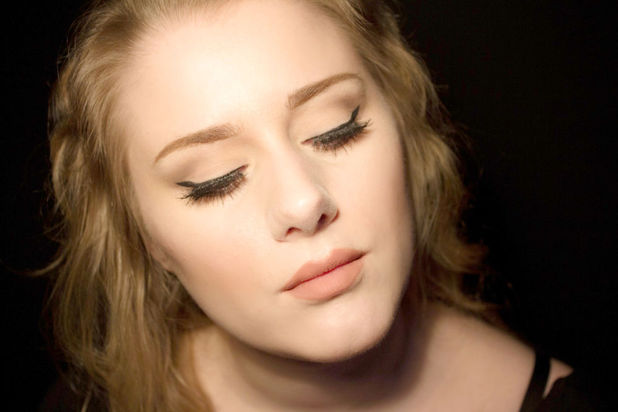Ellinor Hellborg in full Adele mode