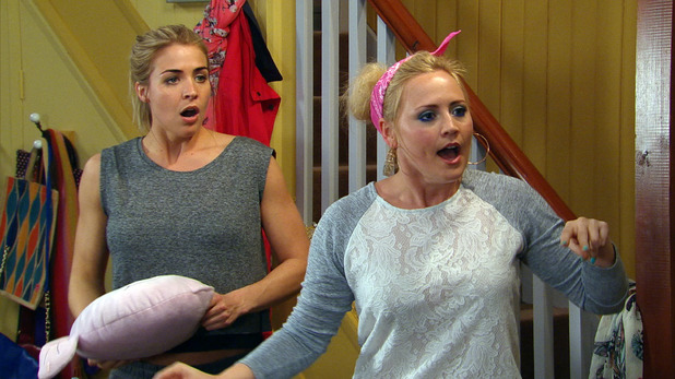Emmerdale, Tracy moves in with Carly and Vanessa, Mon 23 May