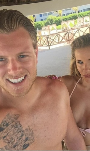 Georgia Kousoulou and Tommy Mallet in holiday selfie, 29/5/16