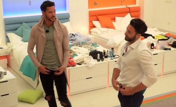 Scott Thomas and Javi Shephard, Love Island 1 June