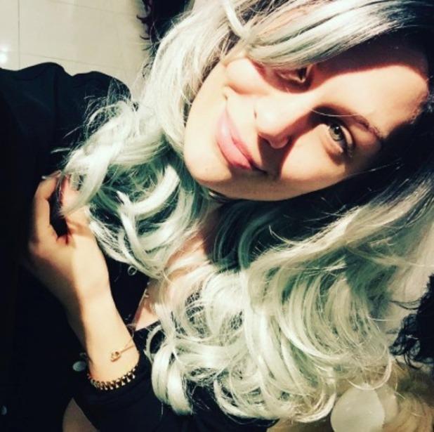 Jessie J rocks long green hair wig, 31 May 2016