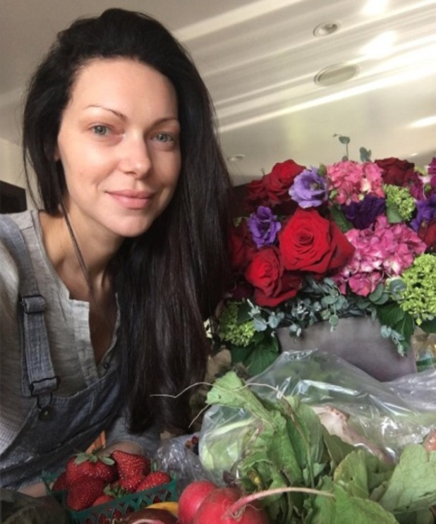 Laura Prepon looks gorgeous in no make-up, 5 June 2016
