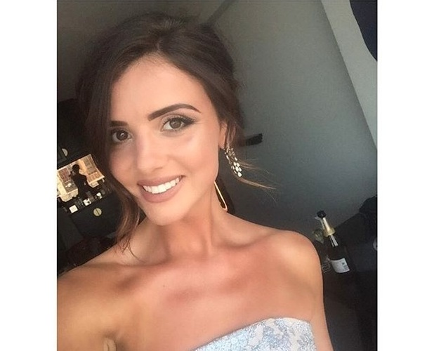 Lucy Mecklenburgh appears in an Instagram selfie on 8 May 2016