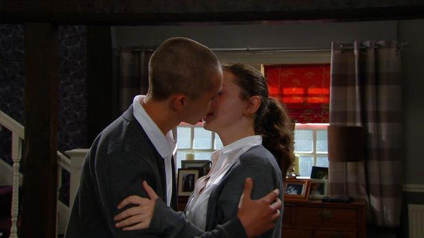 Emmerdale, Jacob and Gabby kiss, Fri 1 Jul
