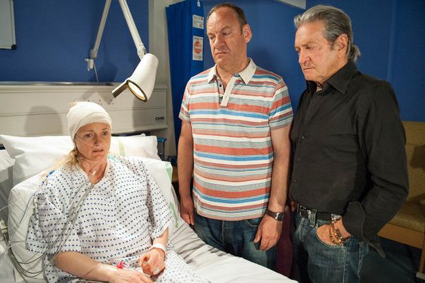 Emmerdale, Nicola wakes up in hospital, Thu 30 Jun