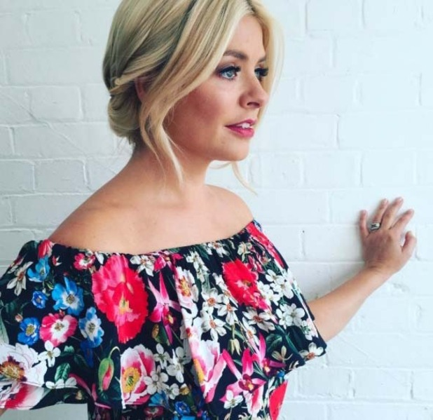 Holly Willoughby wears Zara top on This Morning, 13th July 2016
