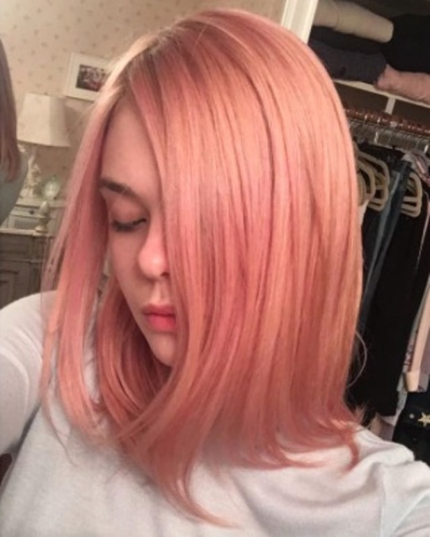 Elle Fanning has her hair dyed dusty pink, thanks to Jenna Alcorn at Ramirez Tran Salon in Beverly Hills, LA, 11 July 2016