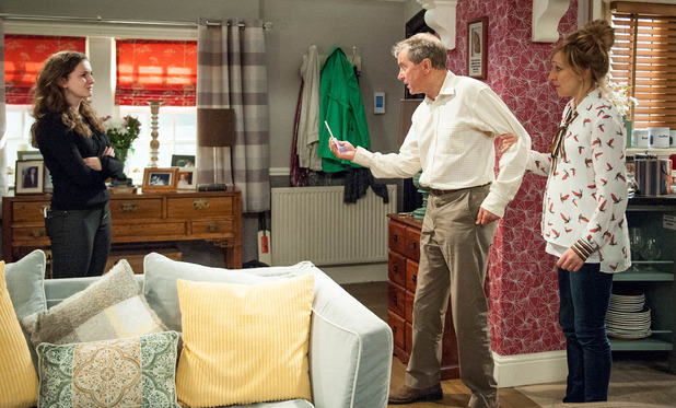 Emmerdale, Ashley finds out Gabby robbed Victoria, Fri 29 Jul