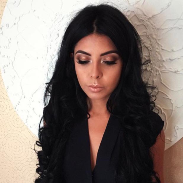 Love Island winner Cara De La Hoyde shows off her stunning soft glam make-up look on Instagram, 29th July 2016