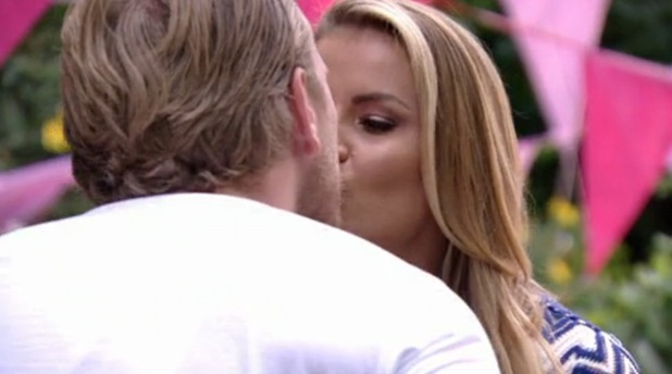 TOWIE: Tommy Mallet and Georgia Kousoulou discuss having children 10 August