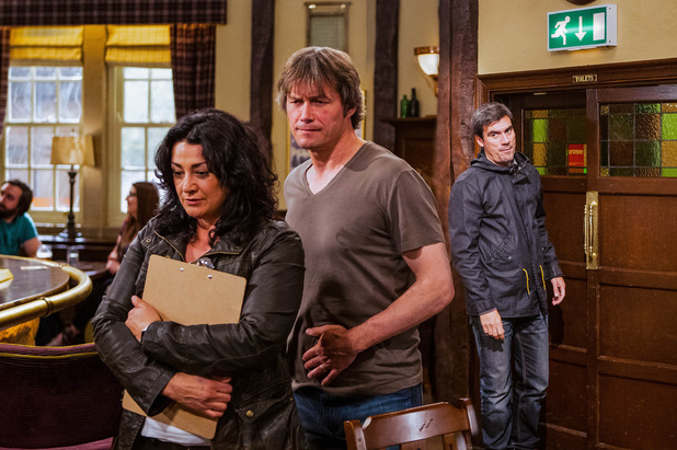 Emmerdale, Cain jealous of Moira and James, Mon 15 Aug