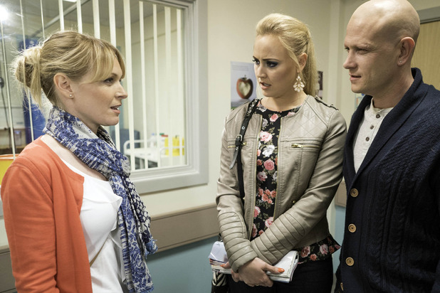 Emmerdale, Vanessa and Tracy at the hospital, Tue 16 Aug