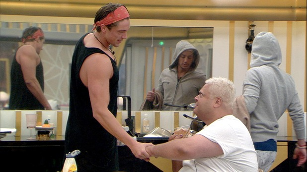 CBB Summer 2016, Day 20 Lewis and Heavy D shake hands 17 August 2016