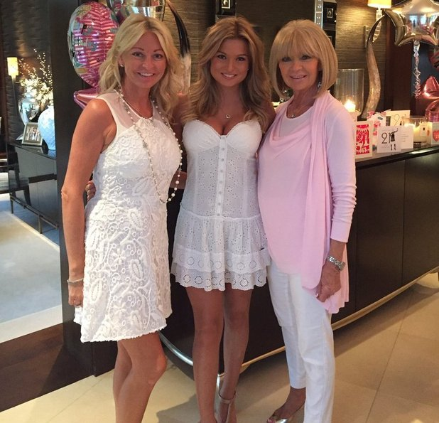 Zara Holland celebrates her birthday with her mum and grandma - 24 August 2016