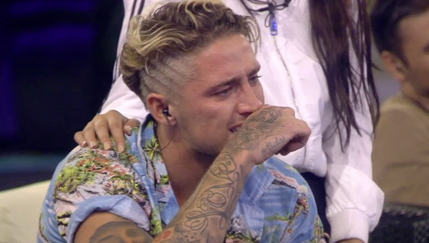 CBB: Bear's mum Linda talks to him and he breaks down in teas 26 August 2016