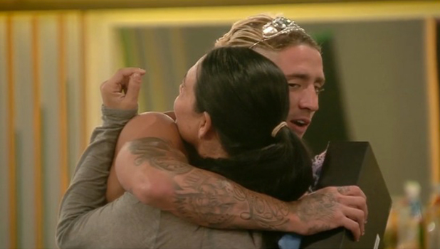 CBB: Renee seems reluctant to hug Bear 25 August 2016