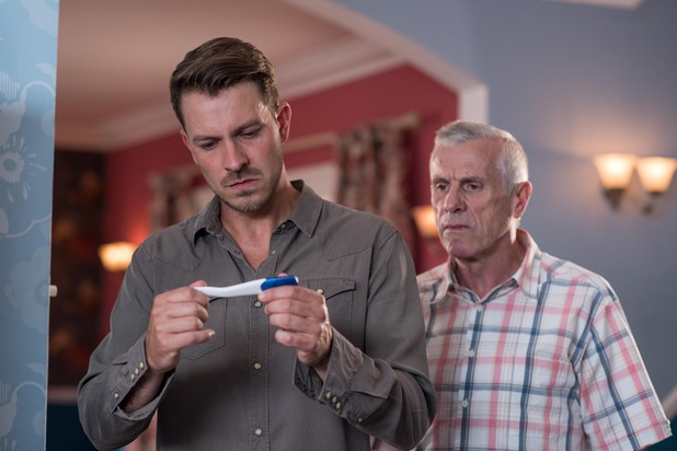 Hollyoaks, Darren and Jack find a pregnancy test, Tue 6 Sep