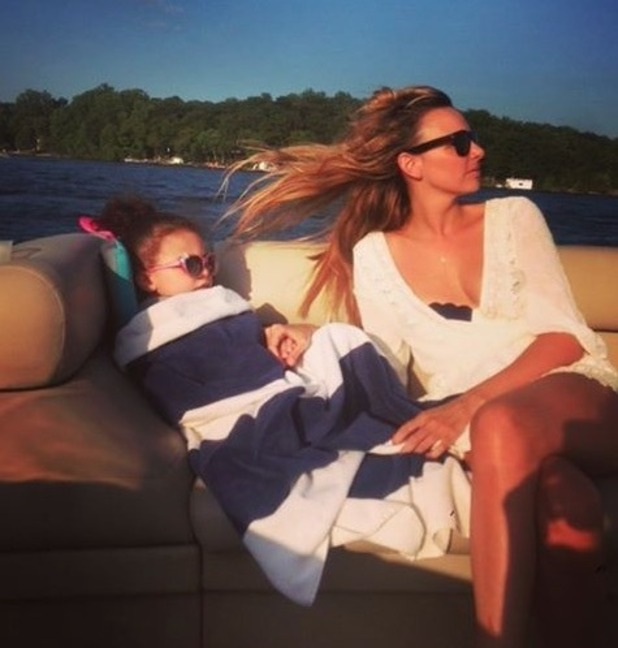 Nadine Coyle holidays with Anaíya in New Jersey - 1 Sep 2016