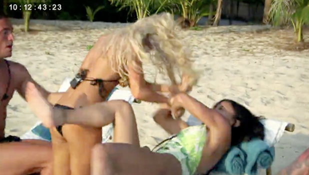 EOTB: Holly arrives and clashes with Kayleigh 30 August 2016
