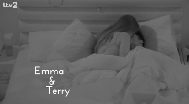 Emma-Jane Woodhams and Terry Walsh have sex on Love Island - uploaded 12 Sep 2016