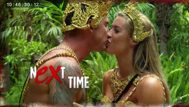 Ex On The Beach: Hawley and Lillie Gregg kiss on their date 13 September