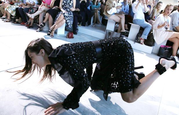 Model Bella Hadid takes a tumble at New York Fashion week, 14 September 2016