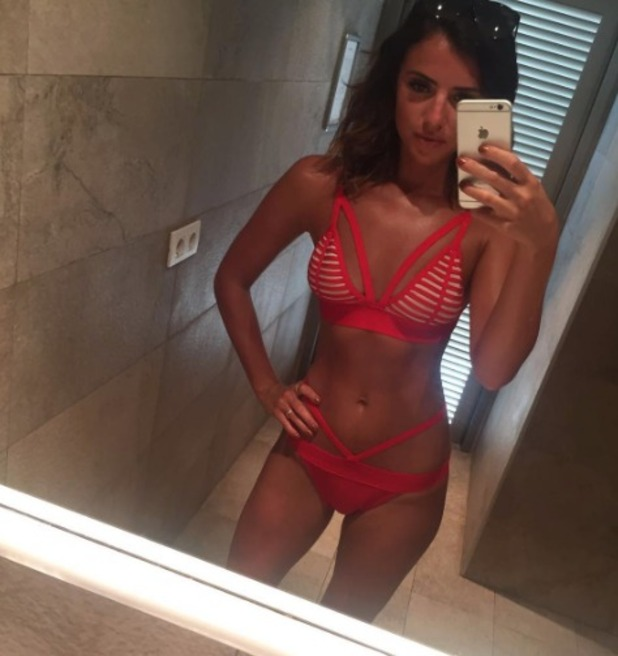 Lucy Mecklenburgh posts red bikini selfie 23.9.16