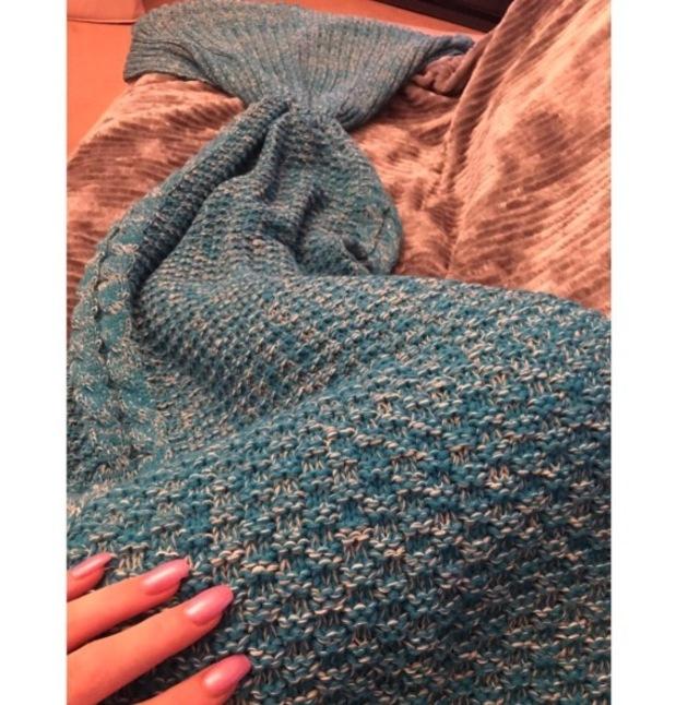 Holly Hagan shares picture of her mermaid blanket, Instagram, 27 September 2016