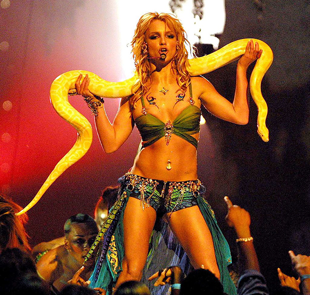 Britney Spears at the MTV VMA 2011 with her snake