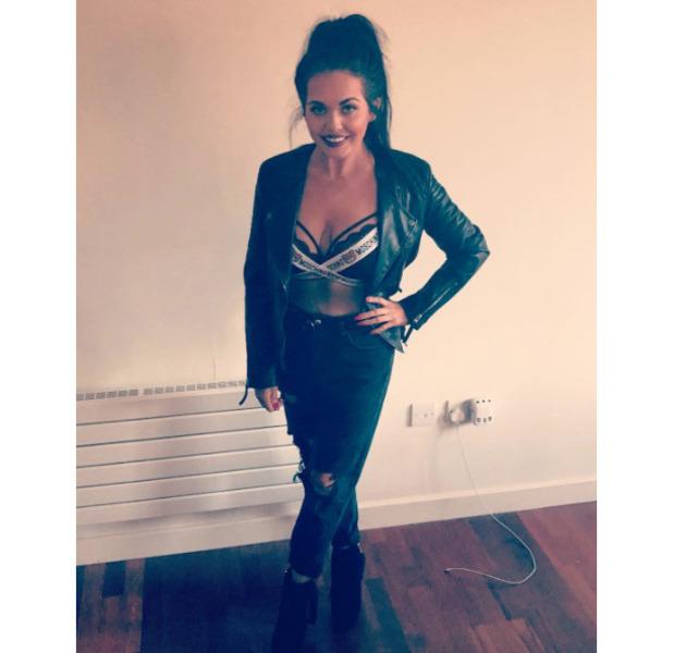 Gogglebox star Scarlett Moffatt wears Moschino bralet in new picture, 10 October 2016