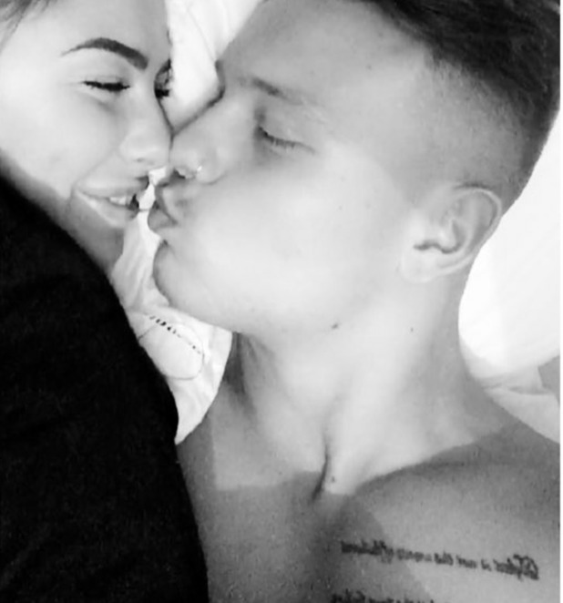 Love Island's Olivia Buckland counts down to reunion with Alex Bowen, 9/10/16