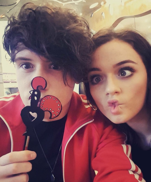 X Factor's Emily Middlemas and Ryan Lawrie have lunch date, 13/10/16