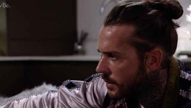 TOWIE's Pete talks to Megan 12 October 2016
