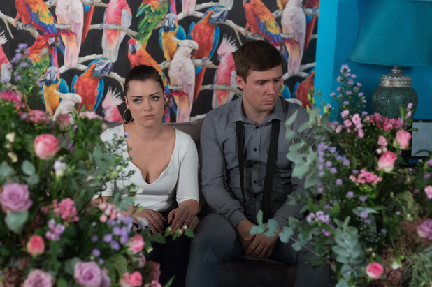 EastEnders, Lee and Whitney's wedding goes wrong, Thu 3 Nov