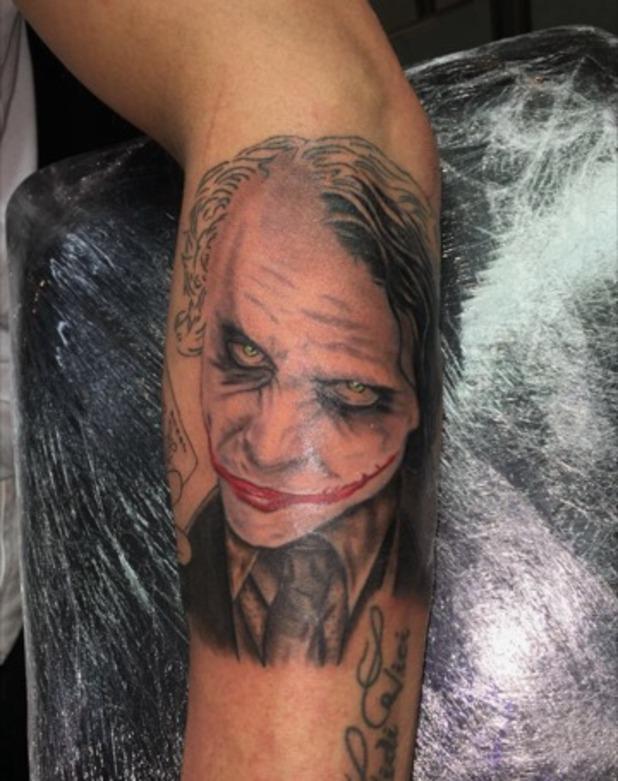 Stephen Bear gets joker tattoo, Snapchat 3 November