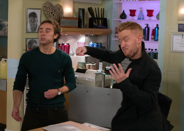 Corrie, Gary punches David, Mon 14 Nov