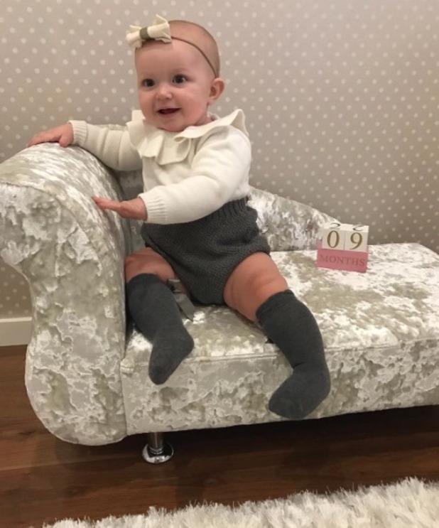 Cara Kilbey's daughter Penelope has a crushed velvet sofa- 15 Nov 2016