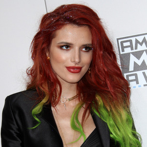 Actress Bella Thorne on the American Music Awards red carpet, Los Angeles, 20 November 2016
