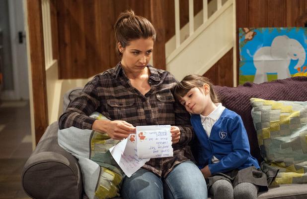 Emmerdale, Carly shocked by April's letter, Fri 25 Nov